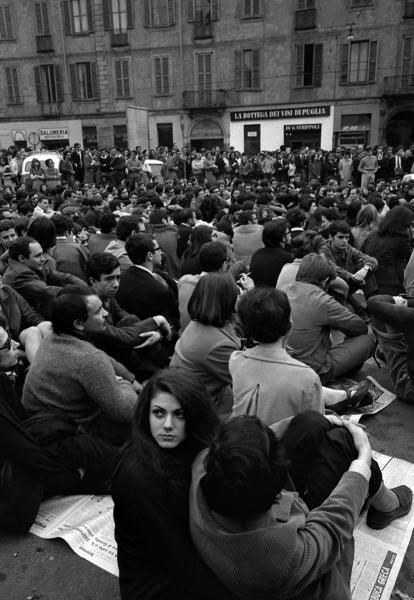 7.-©CesareColombo_piazzaSantoStefano-copia