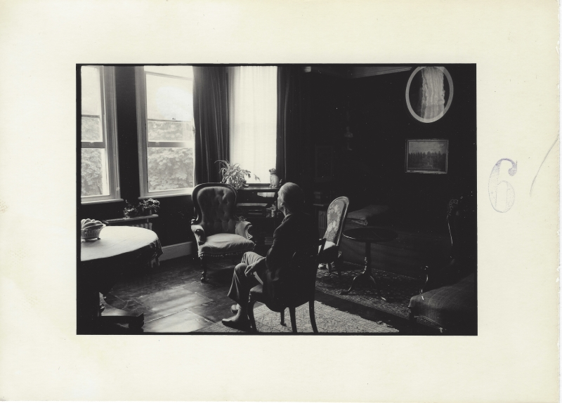 Duane Michals_Portrait of Bill Brandt 6 copia