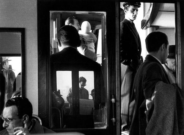 © Gianni Berengo Gardin - SuI vaporetto, 1960