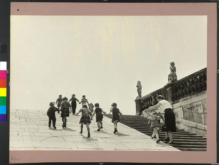Belvedere Gardens Vienna Austria 1954 - Milano Photofestival