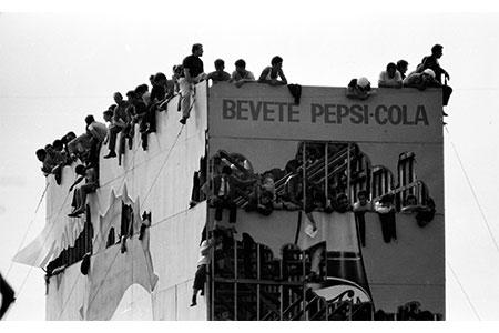 Ciascuno al suo posto autore Mauro Mariani copia - Milano Photofestival