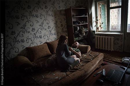 Donbass stories Spartaco e Liza 31 HR CR - Milano Photofestival