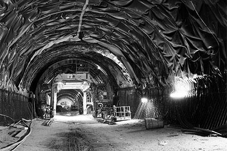 Sotto metro 03 copia - Milano Photofestival